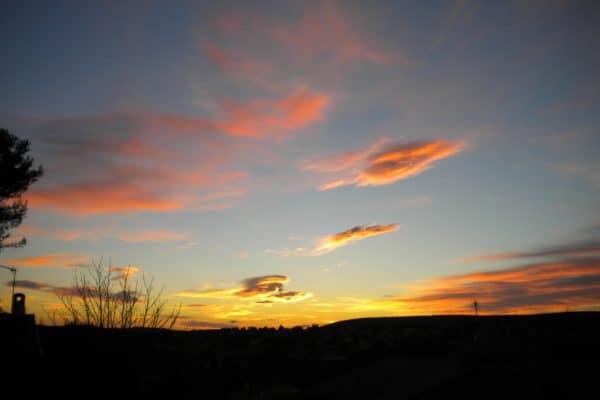 un ciel qui perce les nuages